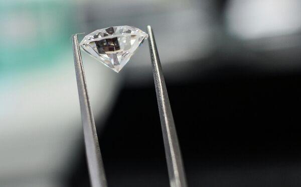 Cuatro ciudadanos colombianos intentan robar diamantes en Rusia - Sputnik Mundo