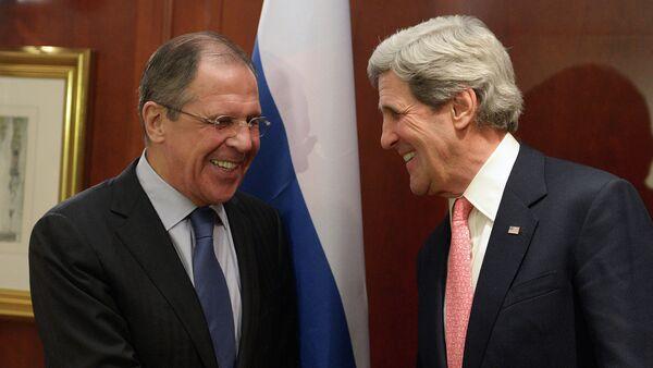 Serguei Lavrov y John Kerry en Berlín - Sputnik Mundo