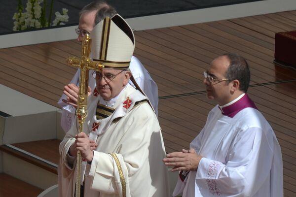 Entronización del papa Francisco - Sputnik Mundo