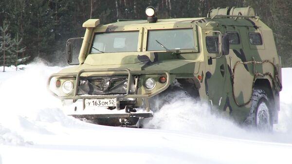 Blindado ruso Tigr-M: todoterreno militar a prueba de explosiones - Sputnik Mundo
