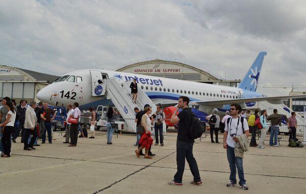 Aviones rusos, estrellas del Salón de Le Bourget 2013 - Sputnik Mundo