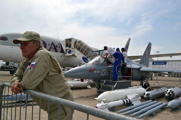 El avión ruso de entrenamiento Yak-130, listo para pasar a primera línea - Sputnik Mundo