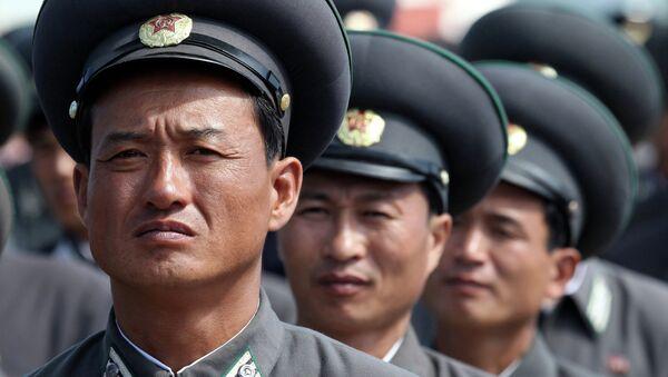 Trabajadores de ferrocarriles de Corea del Norte (archivo) - Sputnik Mundo