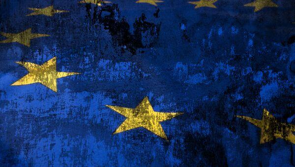 La UE deberá quitar sanciones contra Rusia si se arregla crisis ucraniana, opina Austria - Sputnik Mundo