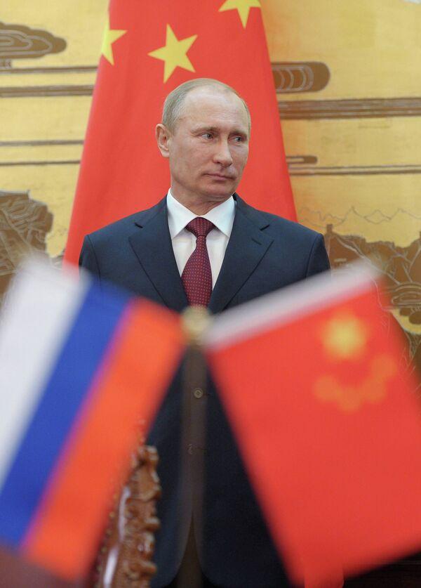 Moscú continuará desarrollando las relaciones con China que, según el líder ruso, se está convirtiendo en la primera potencia económica del mundo. - Sputnik Mundo