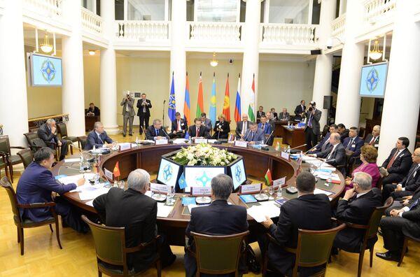 La OTSC orientará sus tropas a cumplir misiones sorpresa - Sputnik Mundo