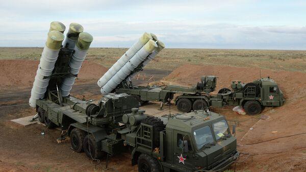 Sistemas antimisiles rusos S-400 - Sputnik Mundo