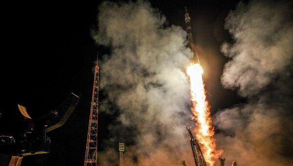 Cohete ruso Soyuz TMA-14M - Sputnik Mundo