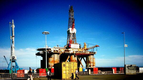 Plataforma petrolera a las costas de las Islas Canarias - Sputnik Mundo