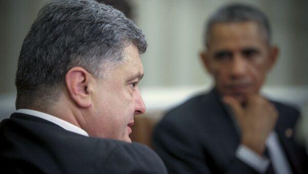 Presidente de Ucrania, Petró Poroshenko y presidente de EEUU, Barack Obama - Sputnik Mundo